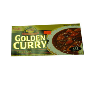 S&B Golden Curry Hot 240g